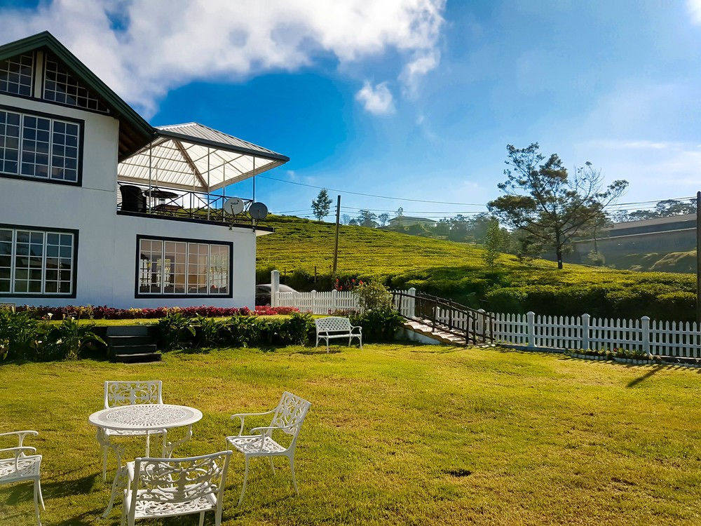 nuwara eliya divorced singles personals About nuwara eliya at a distance of 180km from colombo and an altitude of 1,868m above sea level, the hill country capital of nuwara eliya is like nowhere else in sri lanka.