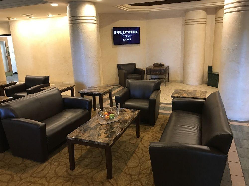 Hollywood casino poker room joliet