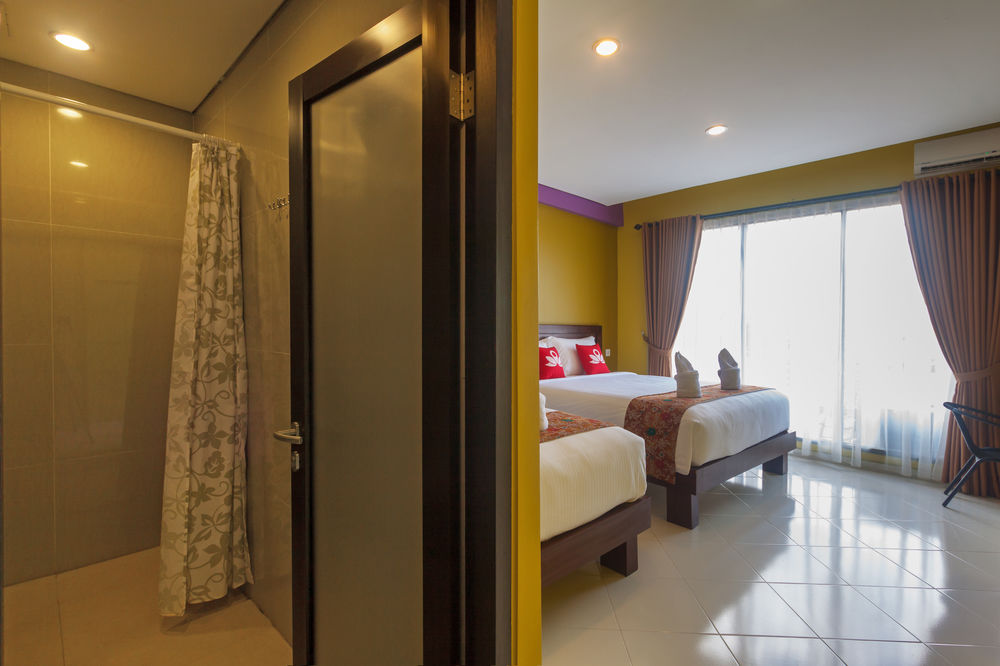 kuta chat rooms - private room for $10 you can experience real balinese homestay you will stay in my house, where i am offering 4 budget rooms the location is great, just 5 minutes to.